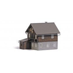 Busch 1675 Forsthaus H0