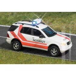 Busch 5631 Mercedes Notarzt H0