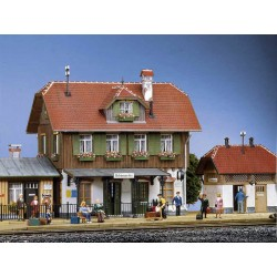 Pola 330901 Bahnhof...